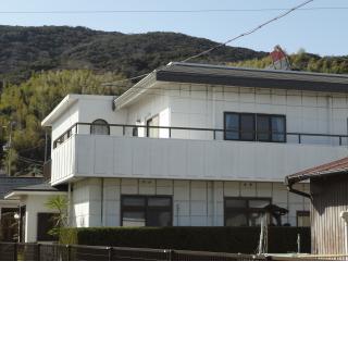 民宿 芳山荘