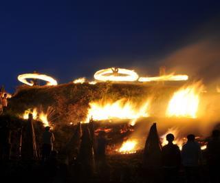 8月:内膳の火踊り